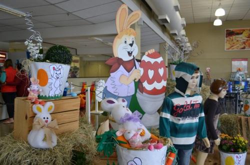 Decoração de Páscoa Para Loja: coelhos e ovos