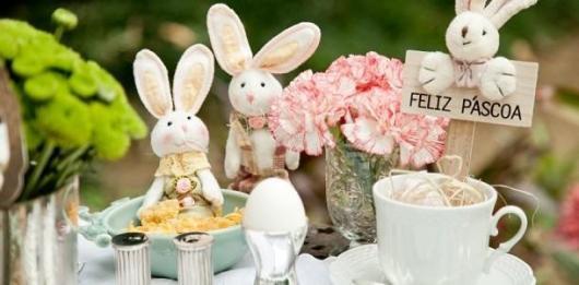 Decoração de Páscoa Para Loja: mesa decorada