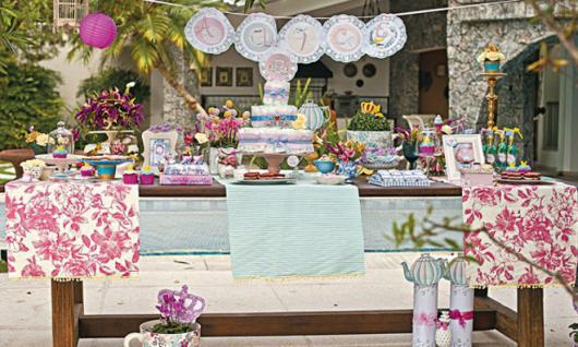 Decoração de Chá de Bebê de menina ao ar livre