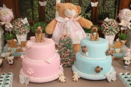 Decoração de Chá de Bebê de Gêmeos menino e menina com tema ursinho