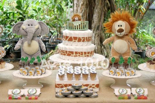 Decoração de Chá de Bebê de menino com tema Safari