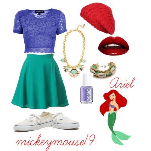 Fantasia Ariel Simples saia verde e blusa roxa de renda