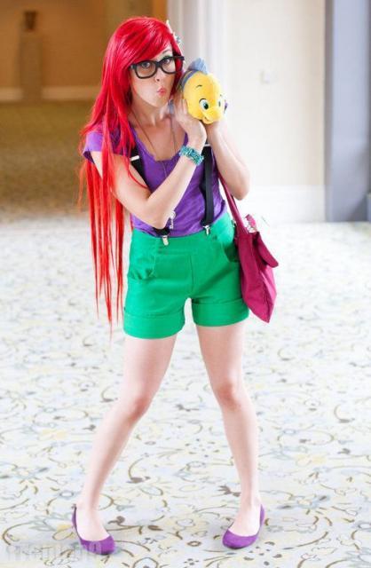Fantasia Ariel Simples bermuda verde e blusa roxa