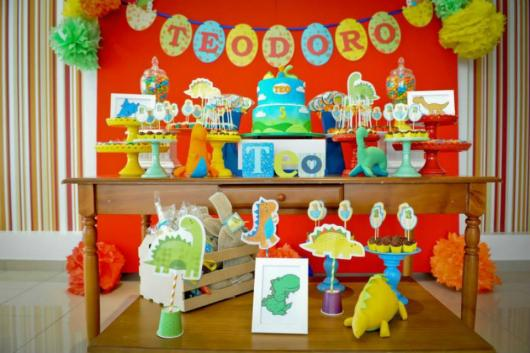 Festa Dinossauro Baby com toppers de papel