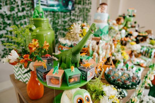 Festa Dinossauro O Bom Dinossauro com caixinhas de acrílico