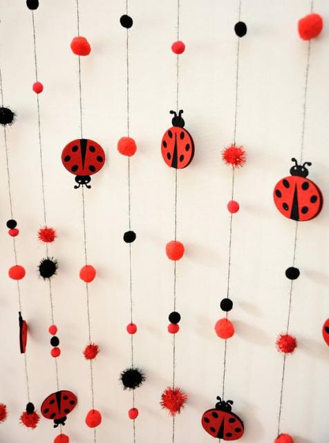 Decoração da Festa Ladybug Simples cortina de joaninha