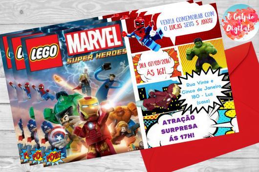 Convite Festa Lego da Marvel em formato de quadrinhos