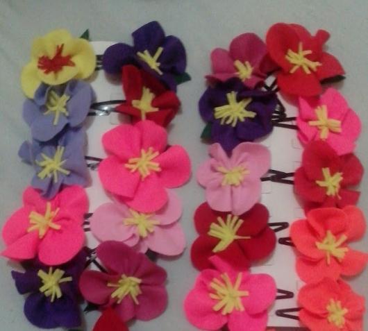 Lembrancinhas Moana de Feltro de flor havaiana em presilha tic tac