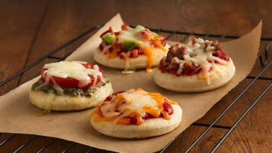 Dicas de o que servir em festa infantil à tarde: mini pizza