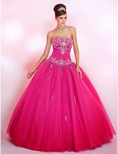 vestido de debutante rosa com saia armada