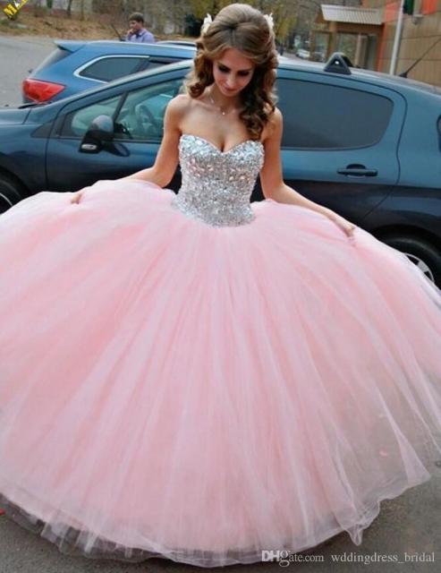 vestido de debutante rosa para festa