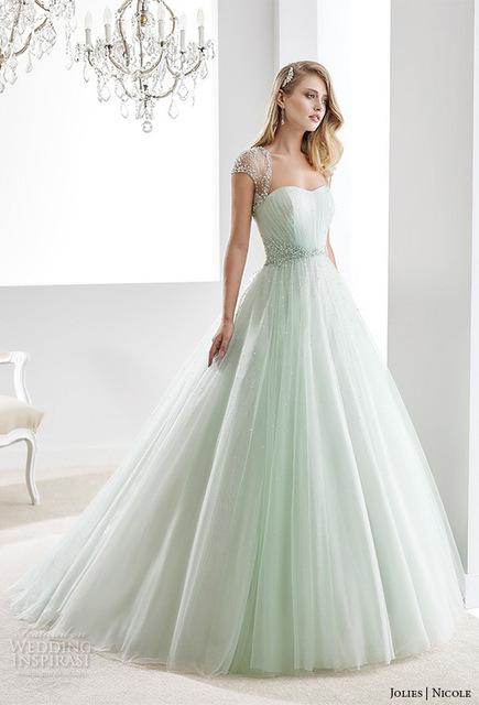 Vestido de noiva cor verde