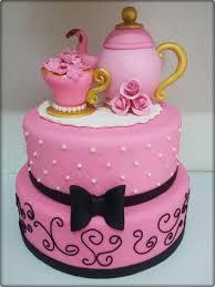 Bolo de Chá de Panela rosa com laço preto