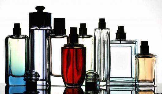 O que colocar na Caixa dos 5 Sentidos olfato perfume masculino