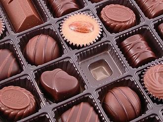 O que colocar na Caixa dos 5 Sentidos paladar caixa de chocolate