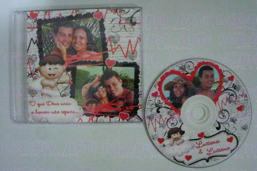 O que colocar na Caixa dos 5 Sentidos audição CD com músicas do casal