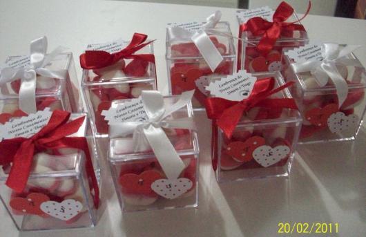 Como Fazer Lembrancinhas de Casamento caixinha personalizada