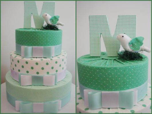 Como fazer um bolo fake de Tecido verde
