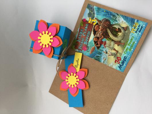 Convite Moana scrap no papel craft e flor 3D