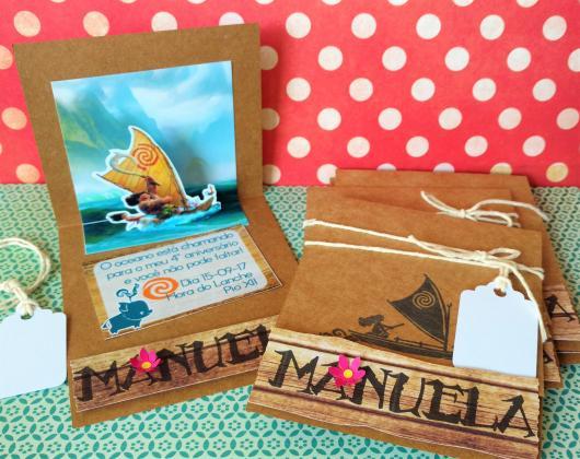 Convite Moana pop up em papel craft