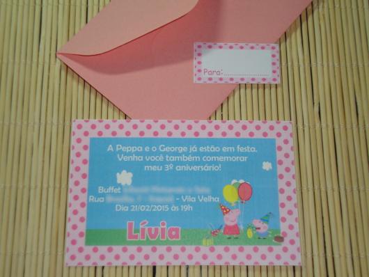convite Peppa Pig azul com envelope rosa
