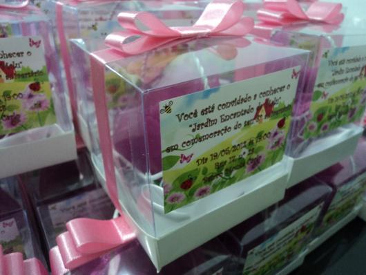 Convites Jardim Encantado Criativos caixinha de acetato