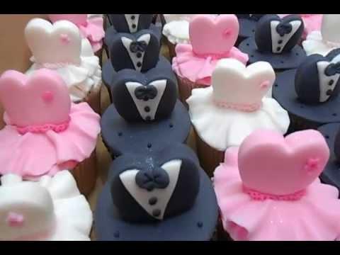 Cupcake para Casamento com aplique no formato de vestido de noiva