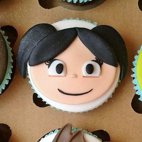 cupcake Show da Luna de pasta americana