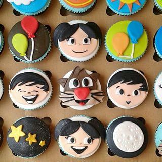 cupcake Show da Luna feito com pasta americana