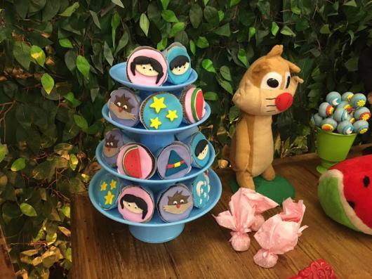 torre de cupcake Show da Luna