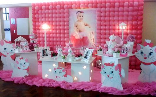 Decoração da Gatinha Marie de luxo com displays