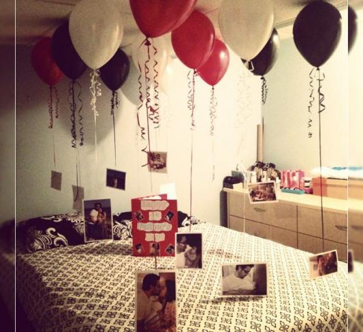 Decoração Dia dos Namorados no quarto com fotos e bexígas