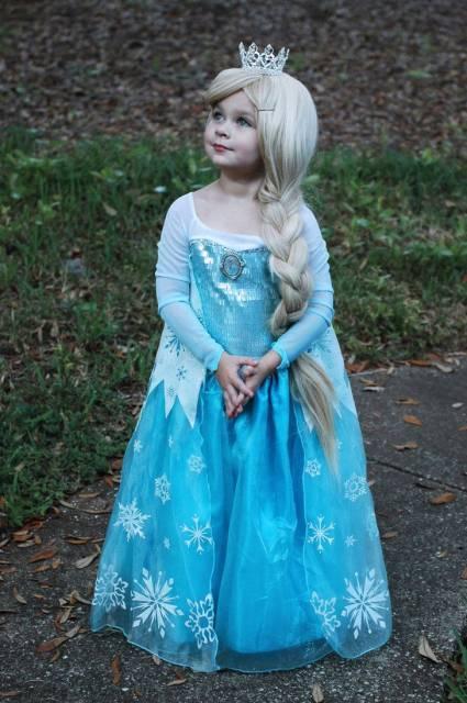 Fantasia da Frozen Elsa com peruca