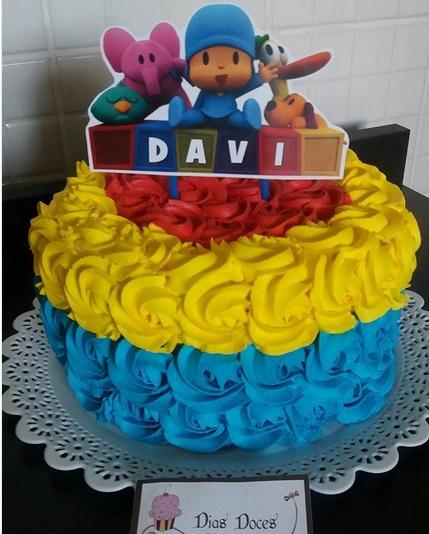 bolo simples colorido