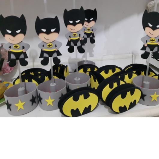Fotos e Ideias de Lembrancinhas do Batman porta doces de EVA