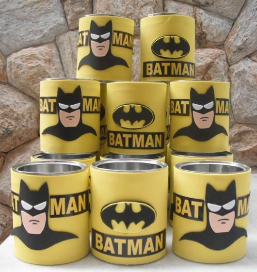 Fotos e Ideias de Lembrancinhas do Batman porta trecos de lata encapado com EVA