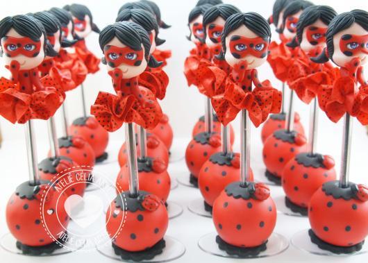 Lembrancinhas Ladybug em biscuit enfeite decorativo