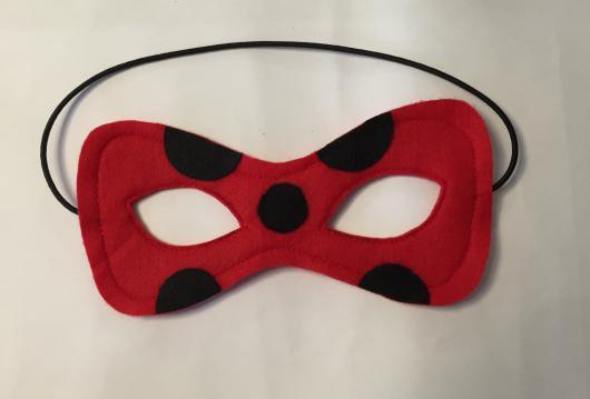 Lembrancinhas Ladybug em feltro máscara