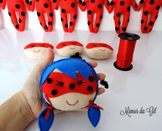 Lembrancinhas Ladybug em feltro bonequinha Ladybug