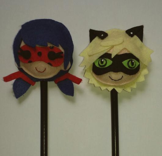 Lembrancinhas Ladybug em feltro ponteira de lápis Ladybug e Catnoir