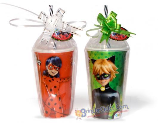 Lembrancinhas Ladybug e Catnoir copo com canudo personalizado