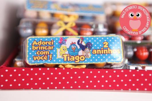 Lembrancinhas Personalizadas Galinha Pintadinha: embalagem com ovinhos coloridos