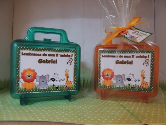 Lembrancinhas Personalizadas Safari: maleta de acrílico