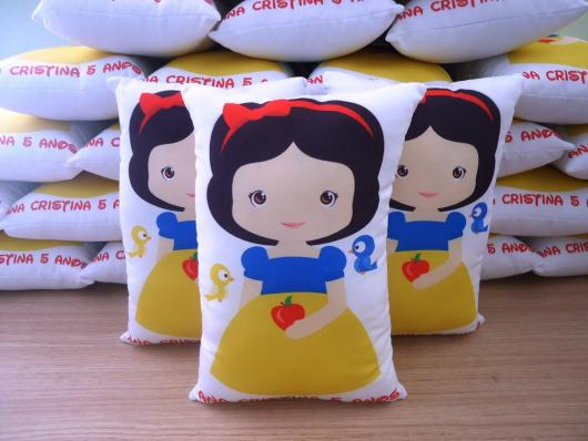 Lembrancinhas Personalizadas Branca de Neve: almofada