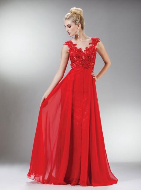 Vestido de Formatura Vermelho transparente com renda