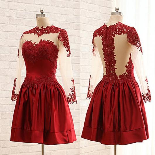 Vestido de Formatura Vermelho com renda nas costas