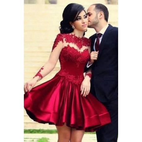 Vestido de Formatura Vermelho com renda no busto