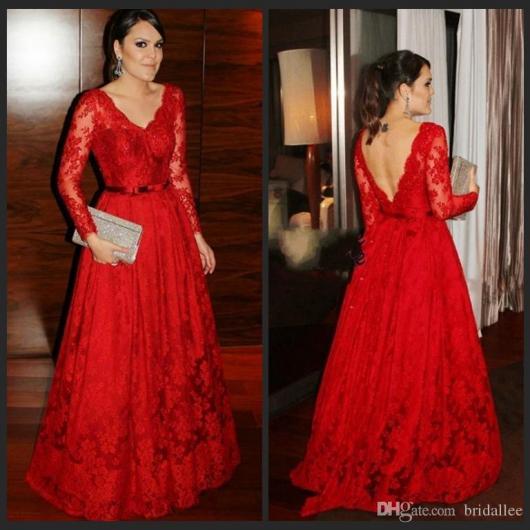 Vestido de Formatura Vermelho com plus size longo rodado