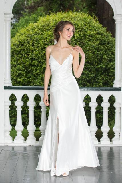 vestido de noiva simples de cetim