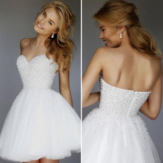 Vestido de Noiva Tomara que Caia curto bordado